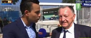 Gif avec les tags : BFM,ananas,aulas,football,journaliste,quenelle
